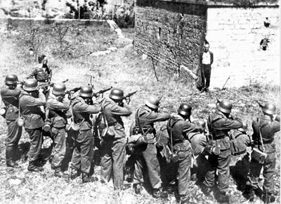 firing-squad-e1373420119394
