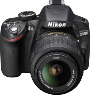 nikon-d3200-kit-with-18-55-mm-vr-lens-slr-400x400-imada6rquvzcspxw